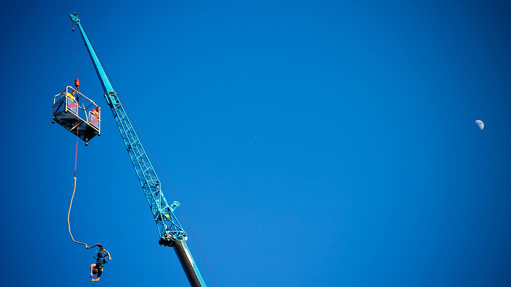 bungee jumping, ugrás