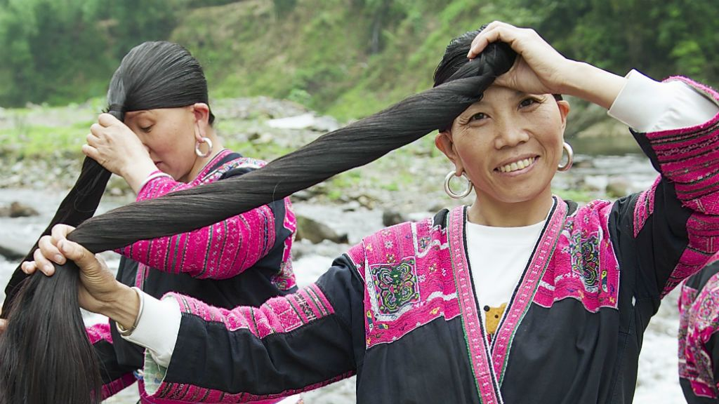 red yao tradíció hosszú haj