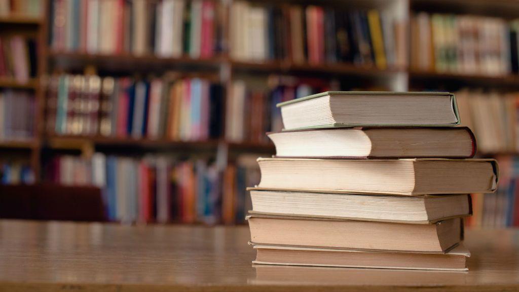 könyv olvasás könyvtár