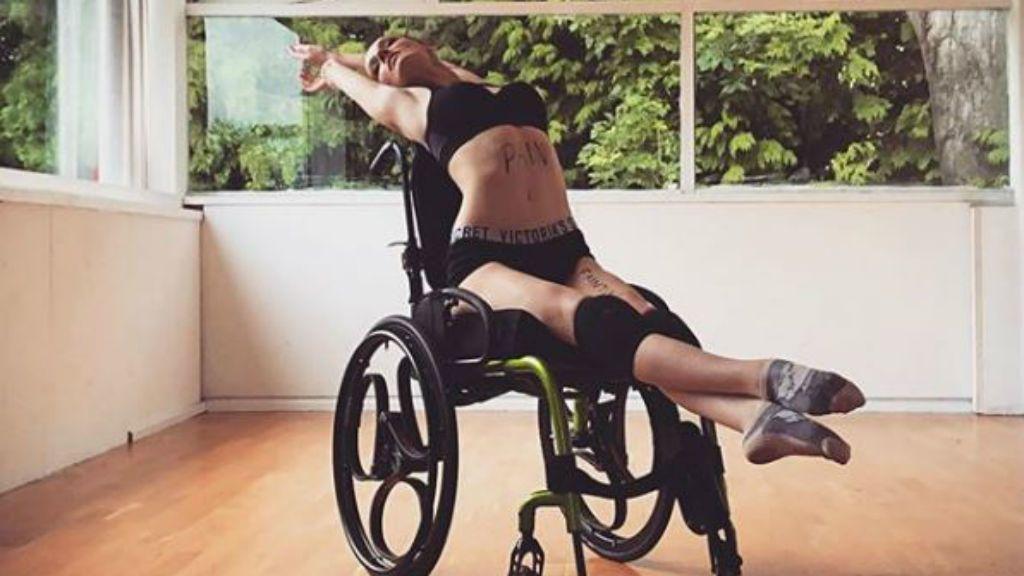 balett-táncos kerekesszék tanár krónikus betegség