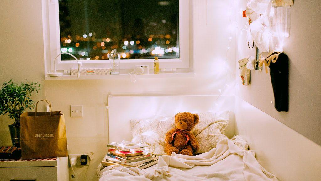gyerekszoba, ágy, este