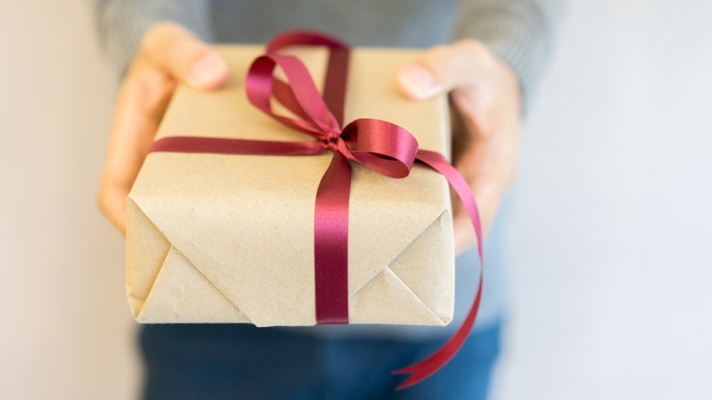 csomagolás karácsonyi készülődés