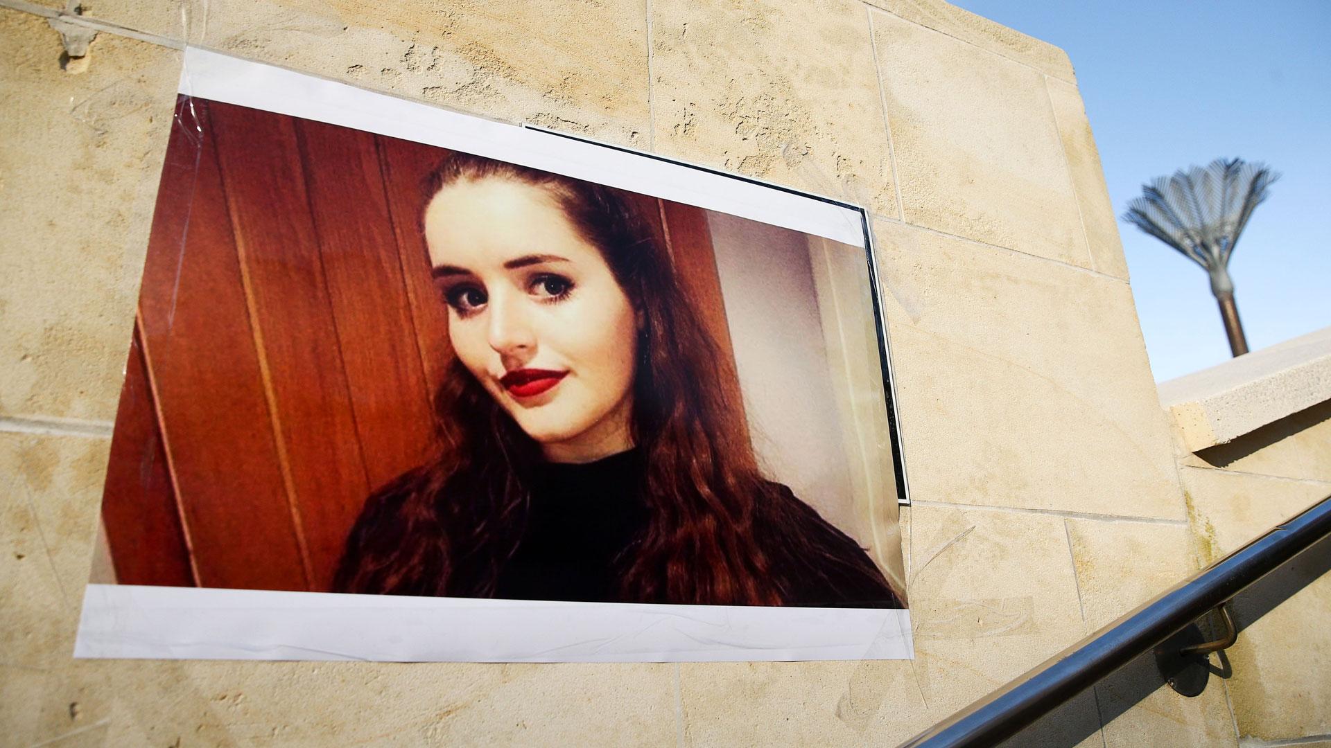 nő megölt online társkereső