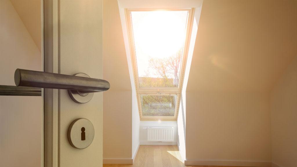 új lakás ingatlan ajtó bejárat