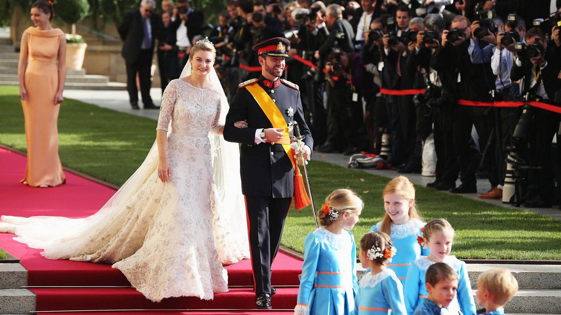 randevú korona herceg
