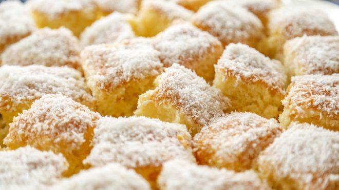 Kókuszos bögrés süti. Gyönyörű és ínycsiklandó (Fotó: iStock)