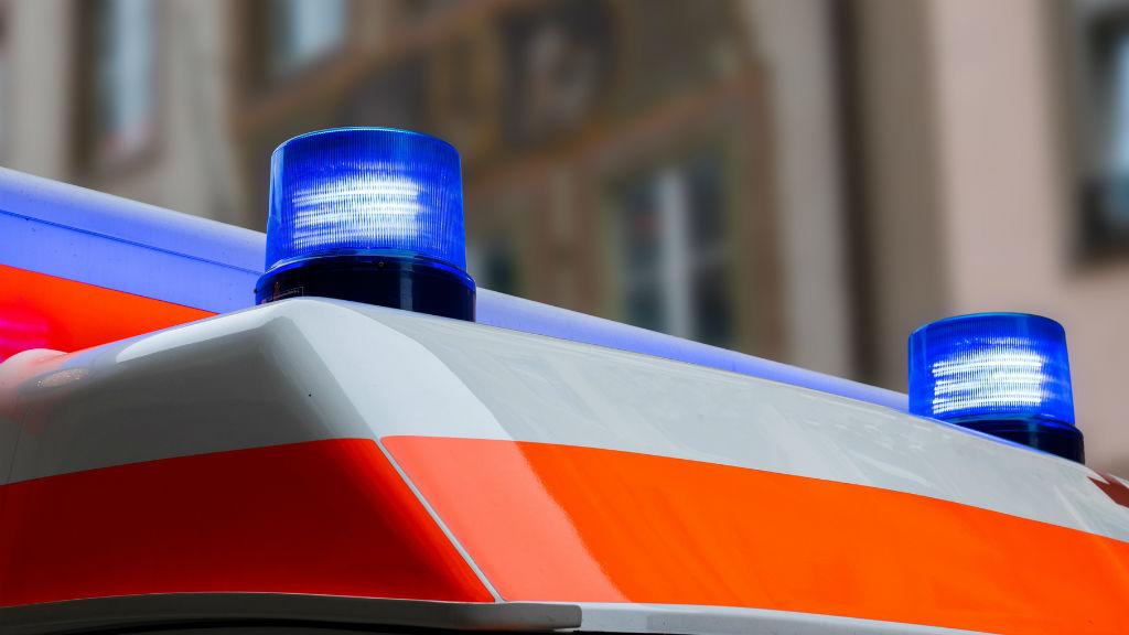 mentők mentőautó baleset sürgősségi ellátás