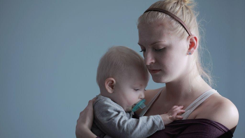 anyaság szuperhős szindróma