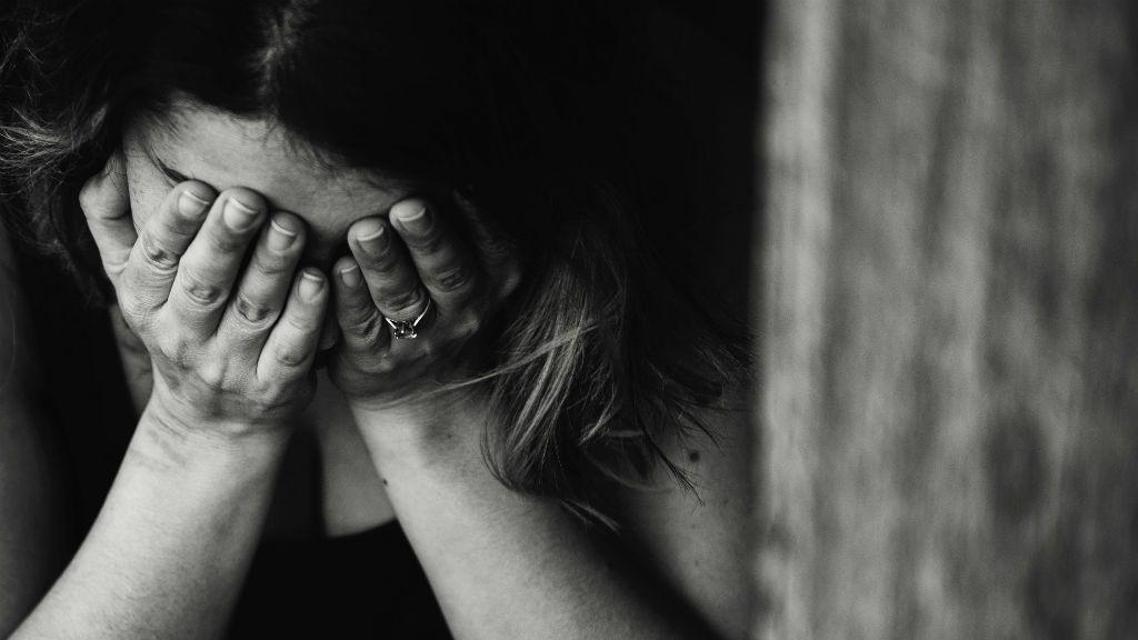 szomorúság sírás kiégés összeomlás
