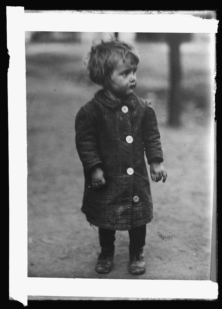 Megrázó képekre bukkantunk magyar gyerekekről a világ legnagyobb könyvtárában