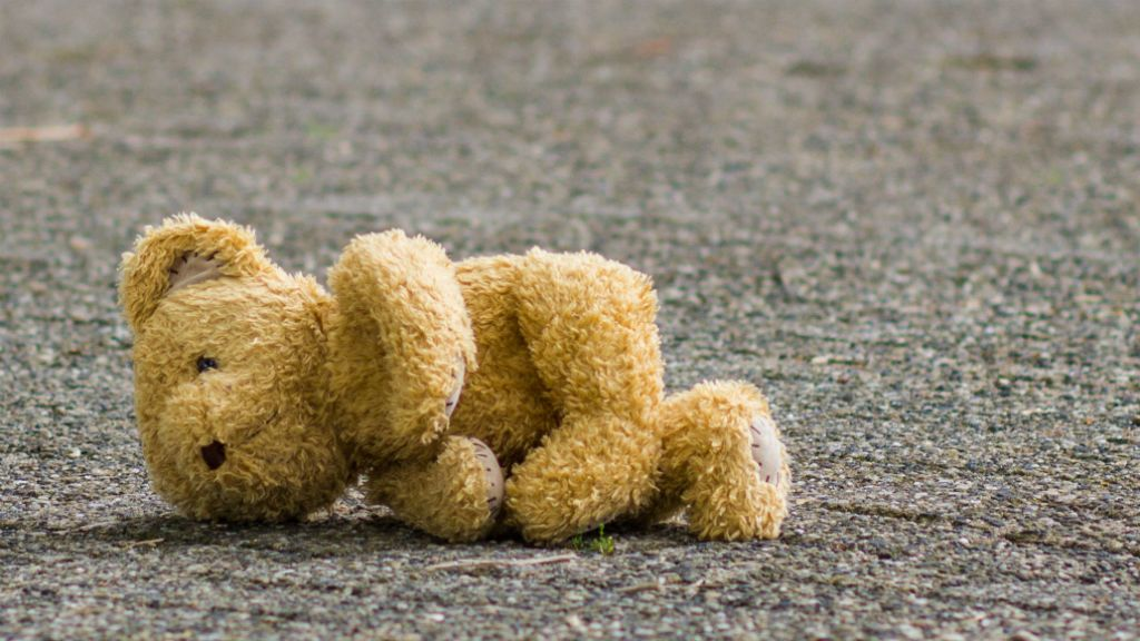 játék elveszett gyerek maci
