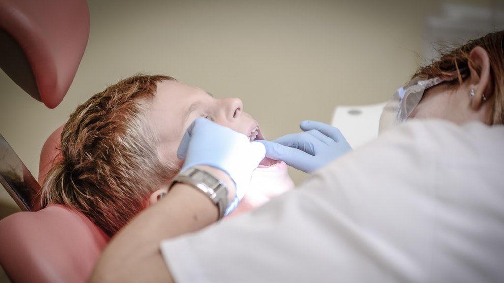 fogorvos, fogszabályozás, barázdazárás