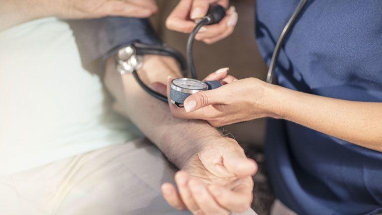 a magas vérnyomás étrendet okoz magas vérnyomás és szívkoszorúér-betegség kezelése