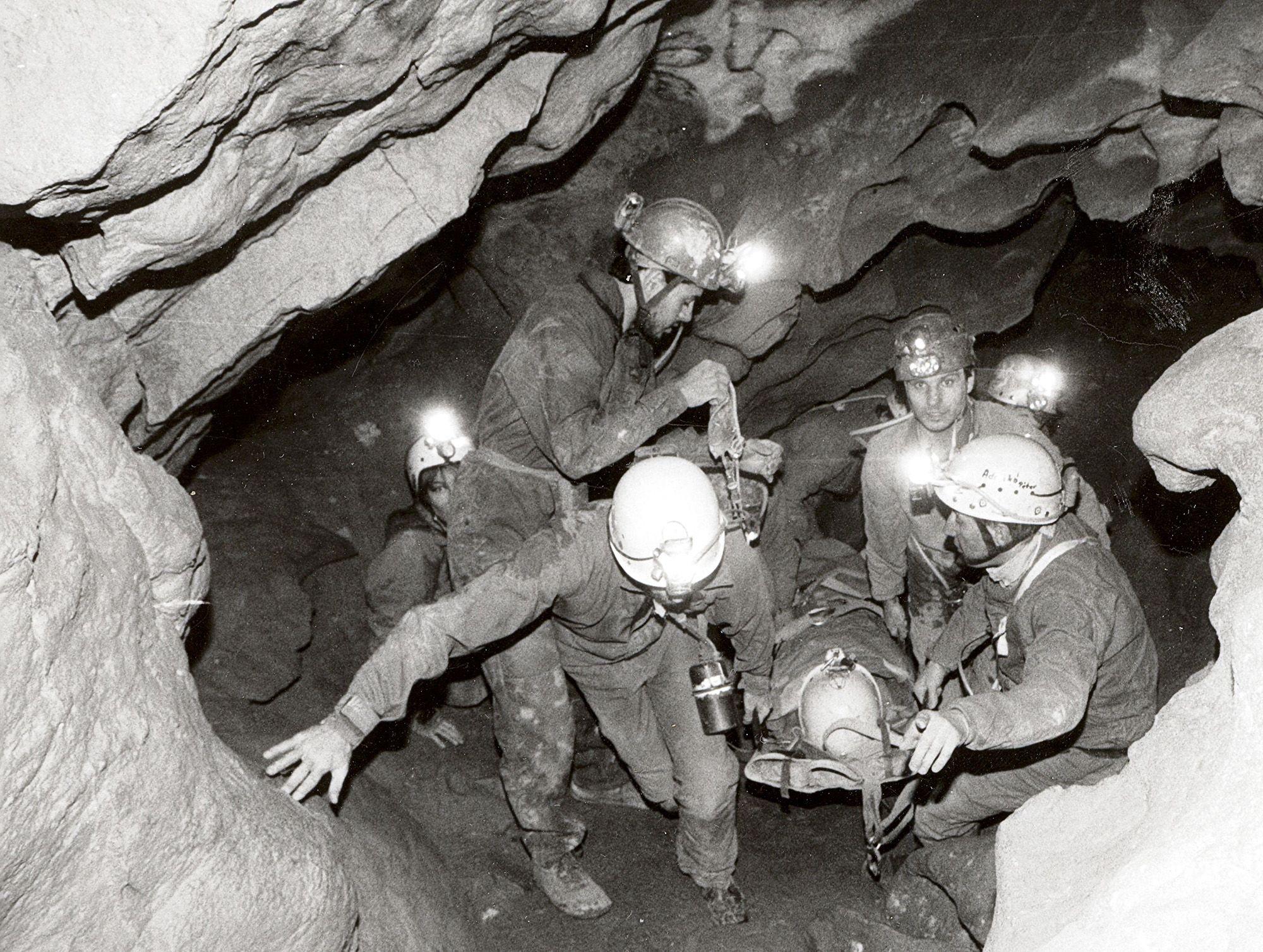 Forrás: Magyar Barlangi Mentőszolgálat
