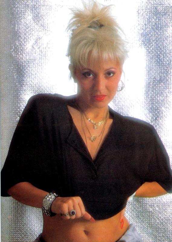 Zoltán Erika énekesnő 3