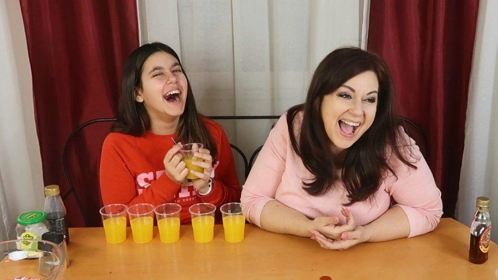 Erdélyi Mónika rendszeresen készít videókat lányával, Mollival (Fotó: Facebook)