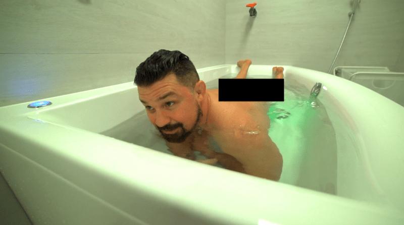 Meztelenül fürdőzött Bárdosi Sanyi, alig tudták kirángatni a medencéből