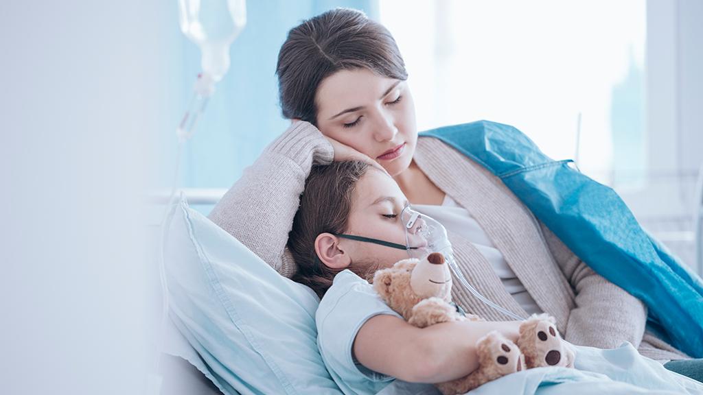 Szülők és gyerekek jogai járványügyi helyzetben - fontos, hogy nyomon kövessük a vészhelyzetre vonatkozóan az NNK által hozott határozatokat. (Illusztráció: KatarzynaBialasiewicz/Getty Images)