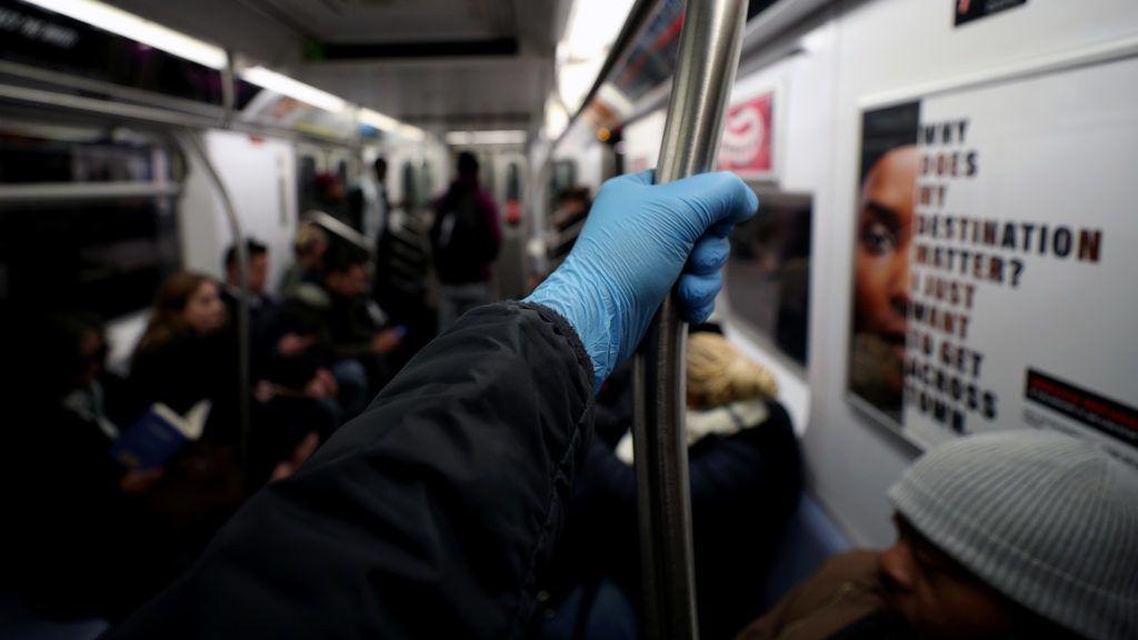 a koronavírus ellen saját fertőtlenítő készítményt gyártanak new yorkban