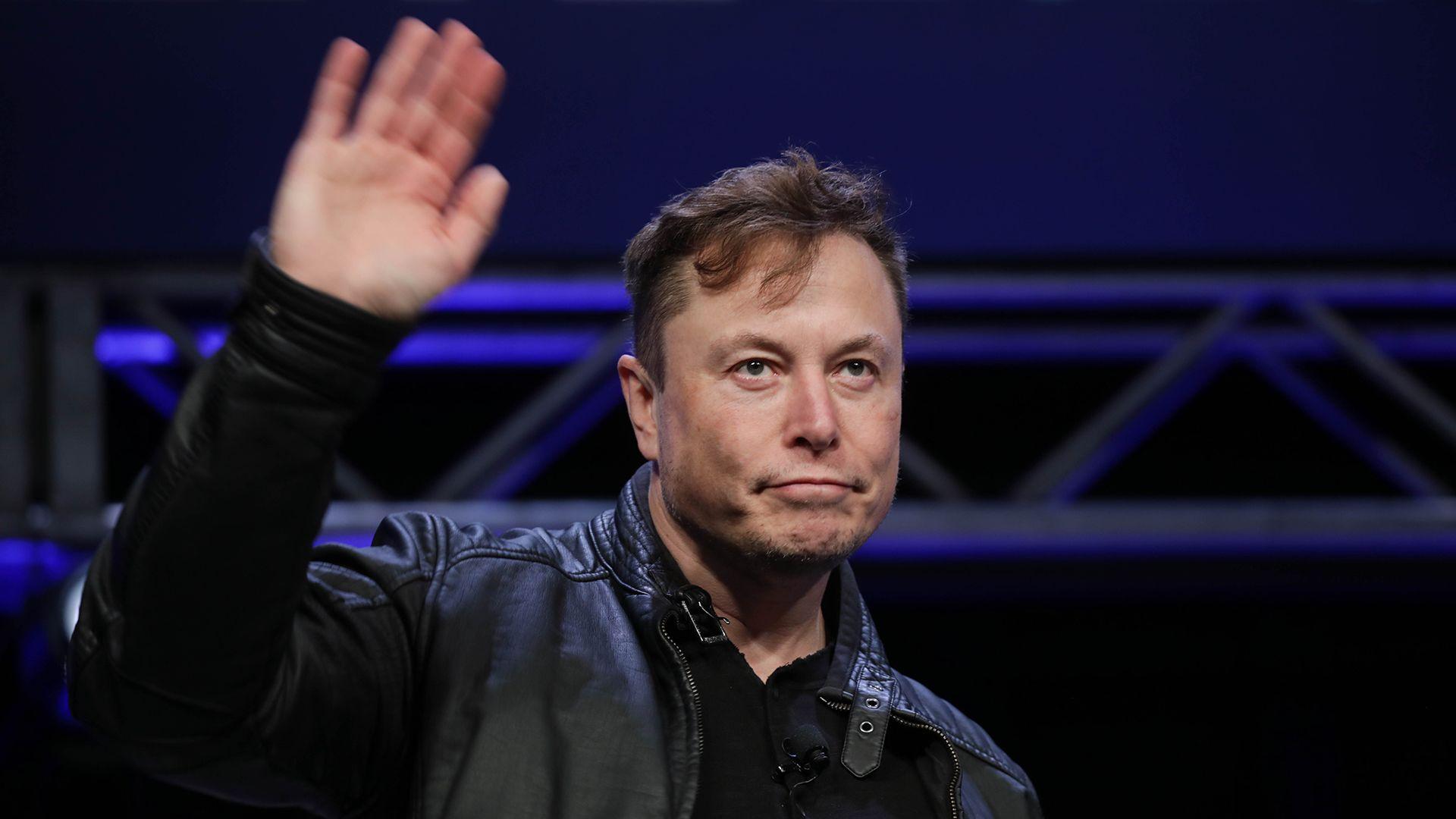 1200 lélegeztetőgépet gyártatott Elon Musk