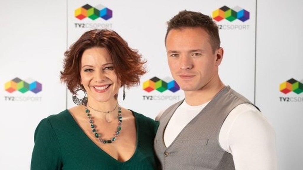 Fotó: Polyák Lilla és férje, Gömöri András Máté a TV2 Mintaapák c. sorozatának sajtótájékoztatóján.