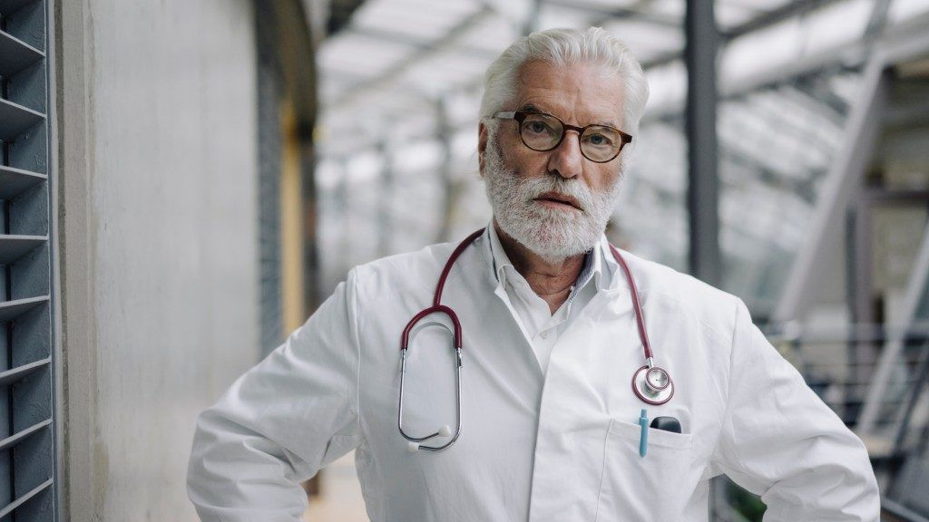 Idős orvosokat várnak a brit kórházakban (Fotó: Getty Images)