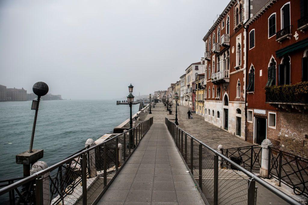 Csendes, üres már Velence is a karantén idején