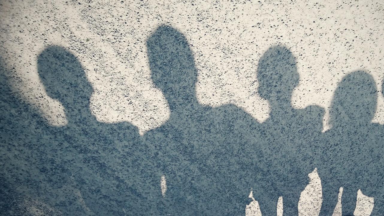 család árnyék