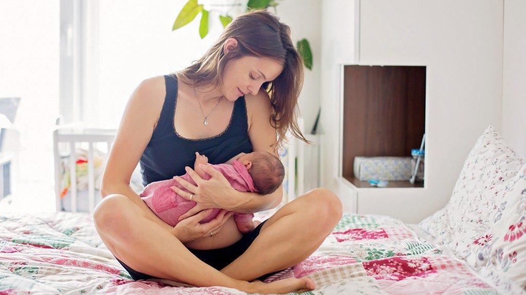 A vegetáriánus anyukák többsége szoptat (Fotó: Getty Images)