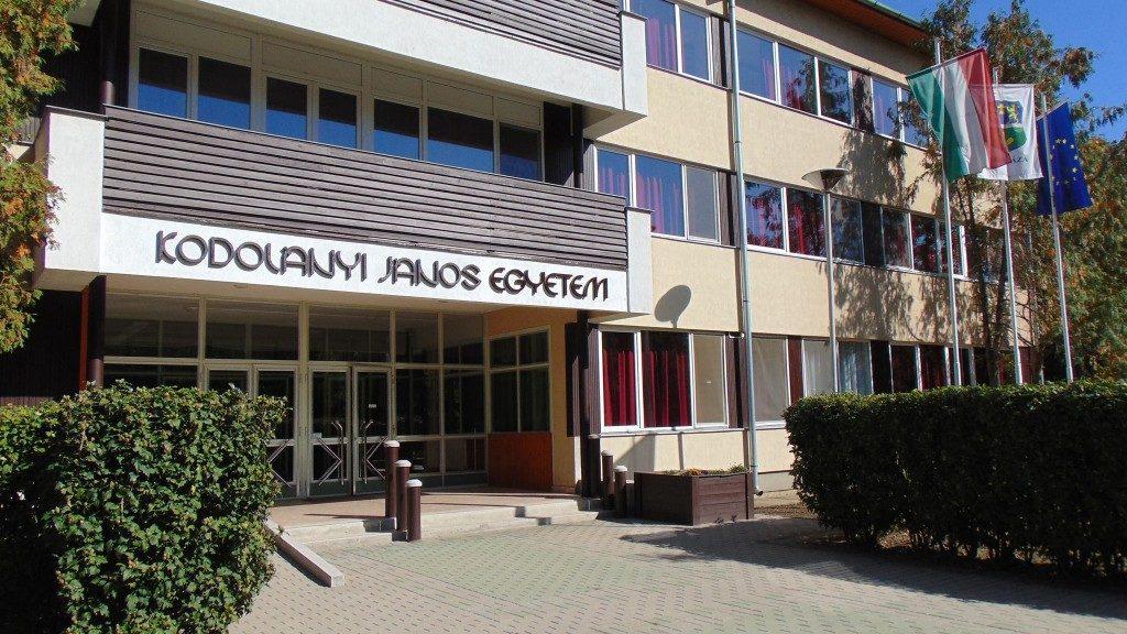 A Kodolányi János Egyetem orosházi épülete (Fotó: Facebook)