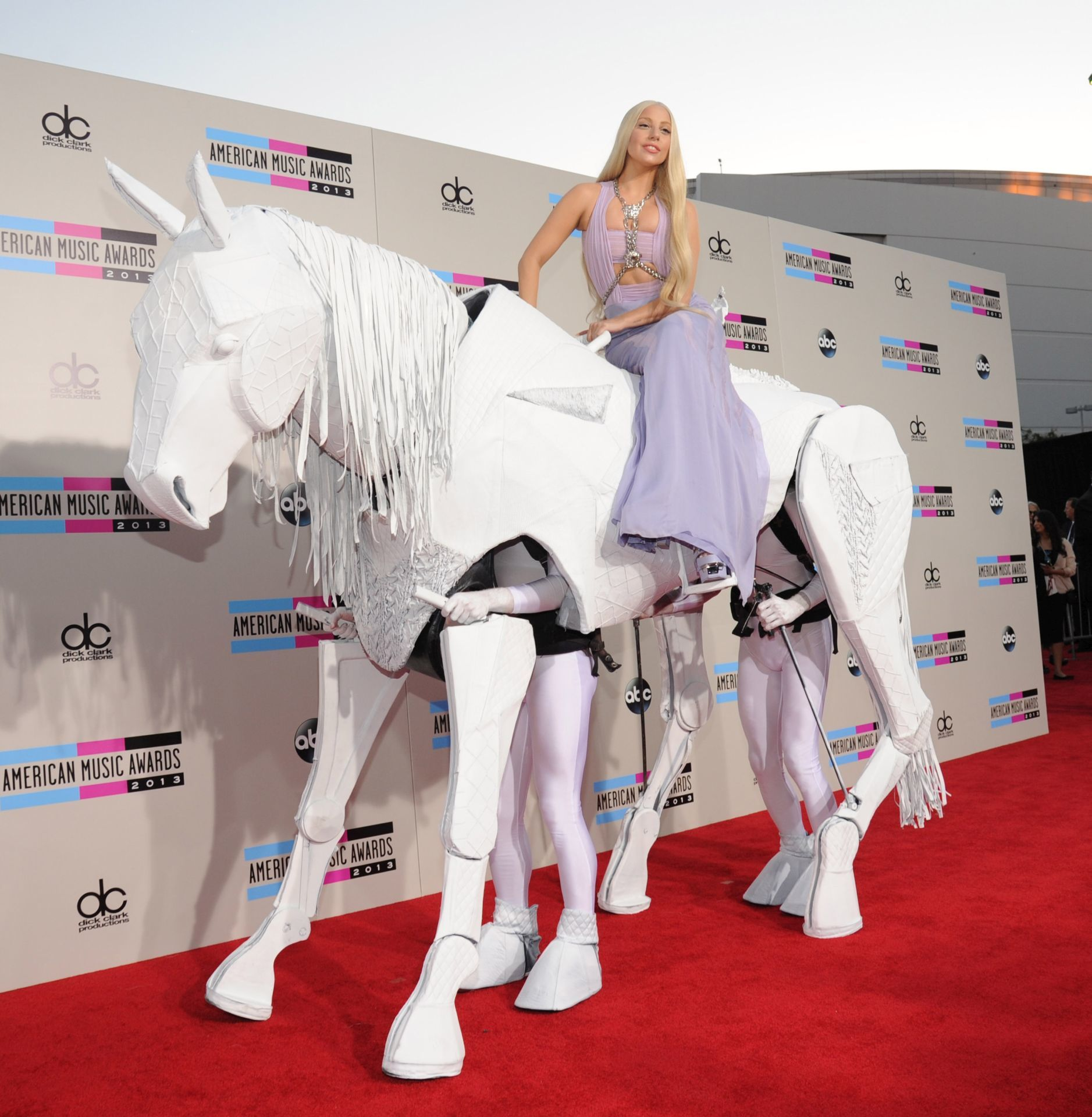 Lady Gaga a 2013-as American Music Awards díjátadón. (Fotó: Kevin Mazur/AMA2013/WireImage)