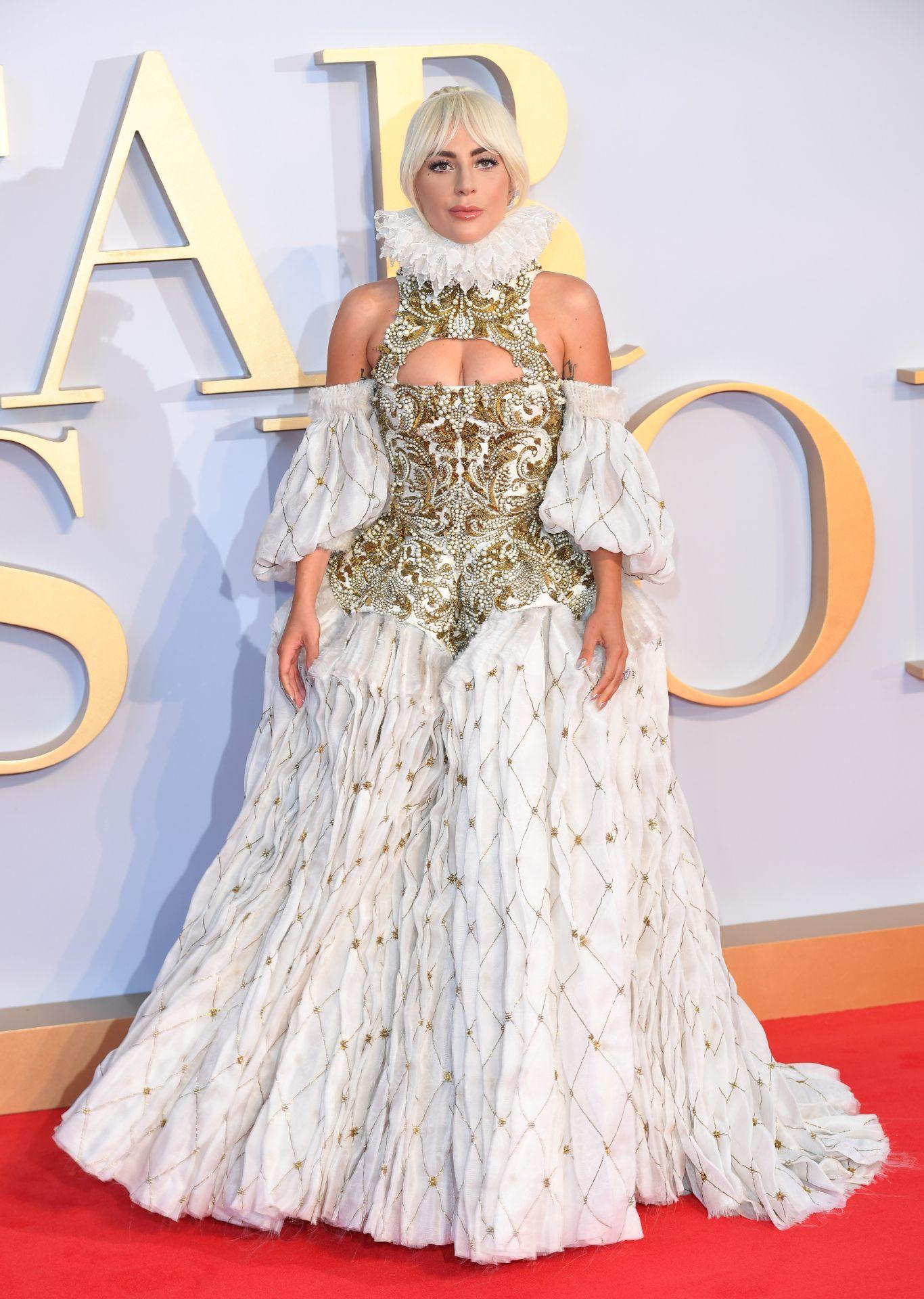 Lady Gaga a Csillag születik 2018-as londoni premierjén.