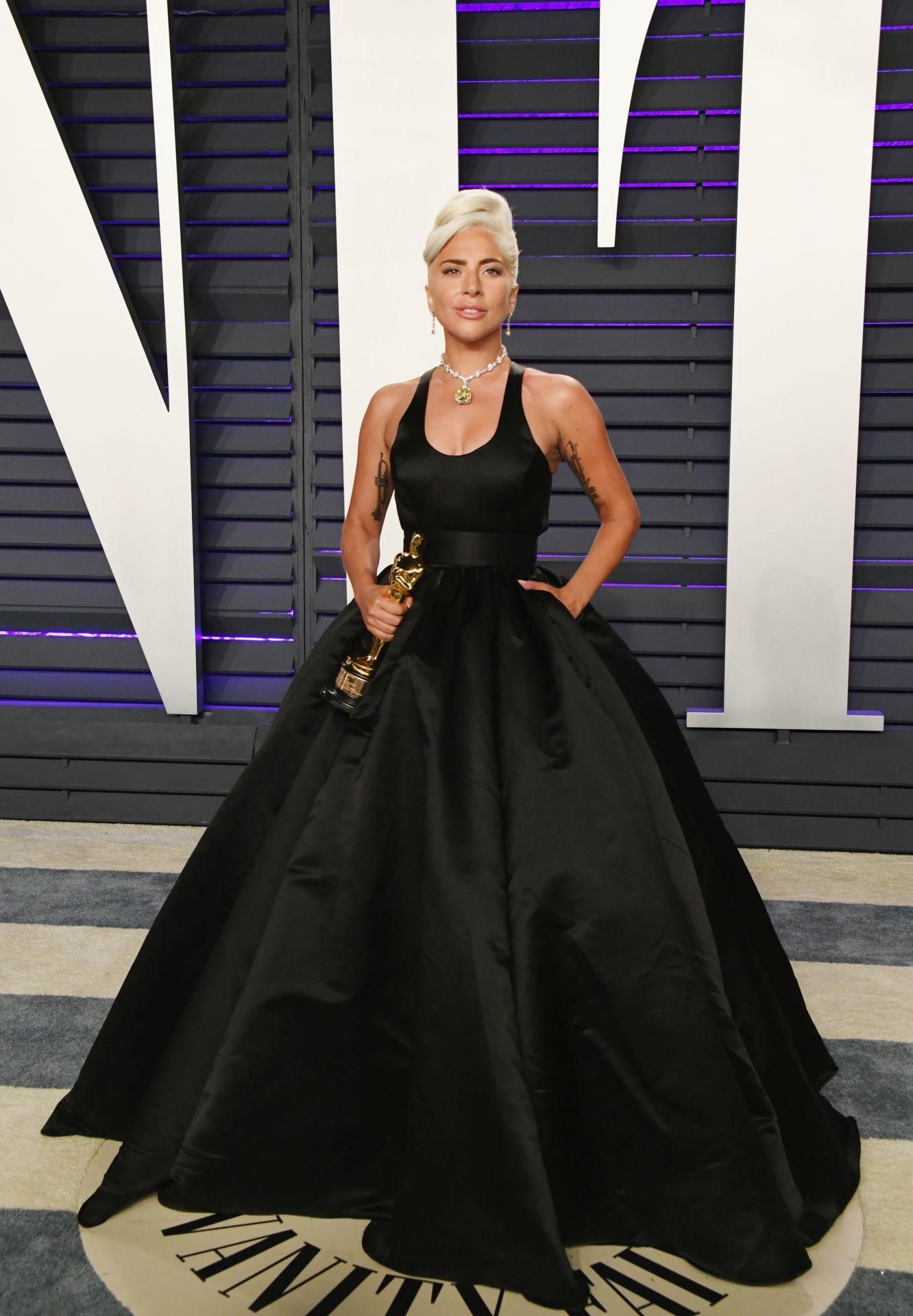 Lady Gaga a 2019-es Vanity Fair Oscar Party-n.