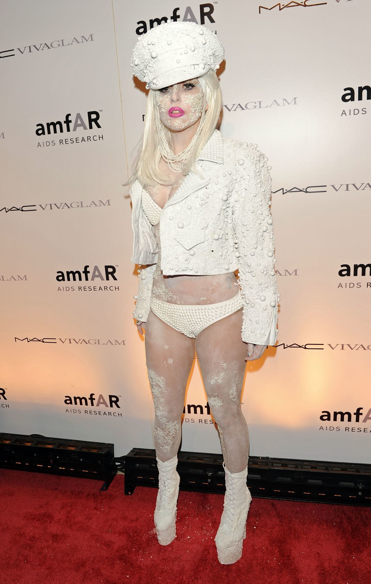 Lady Gaga a 2010-es amfAR-gálán