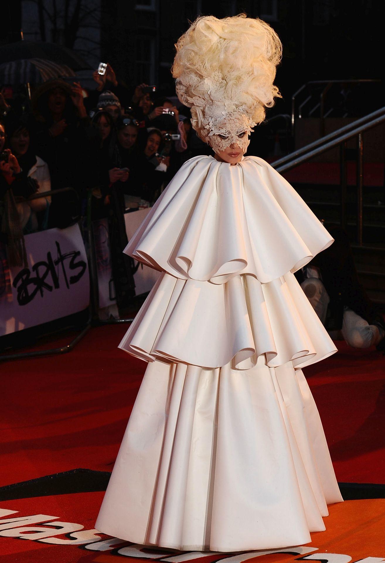 Lady Gaga a 2010-es The Brit Awards eseményen