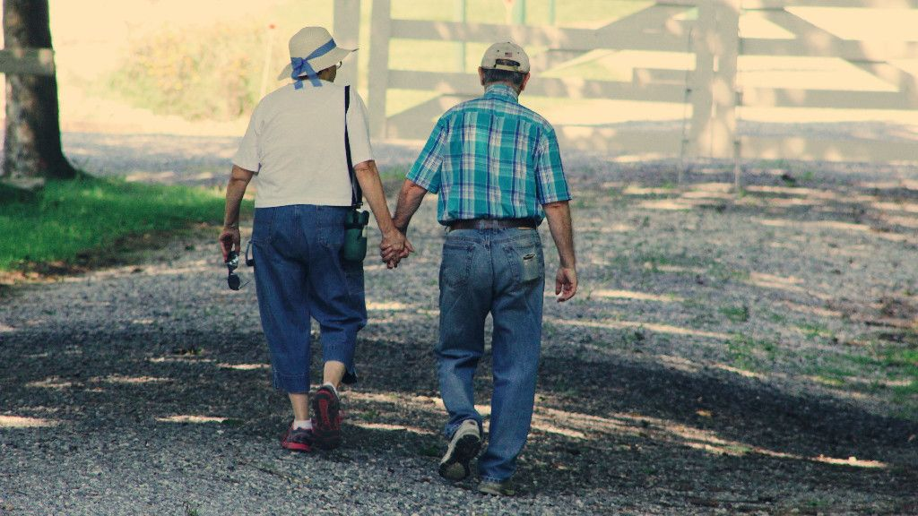 idős pár, koronavírus
