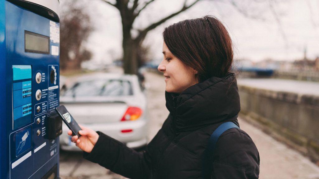 Egyelőre nem függesztik fel a fizetős parkolást Budapesten