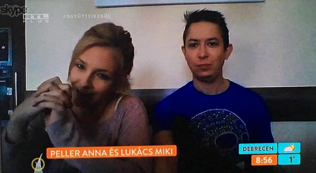 Peller Anna és Lukács Miki bejelentkezett otthonról