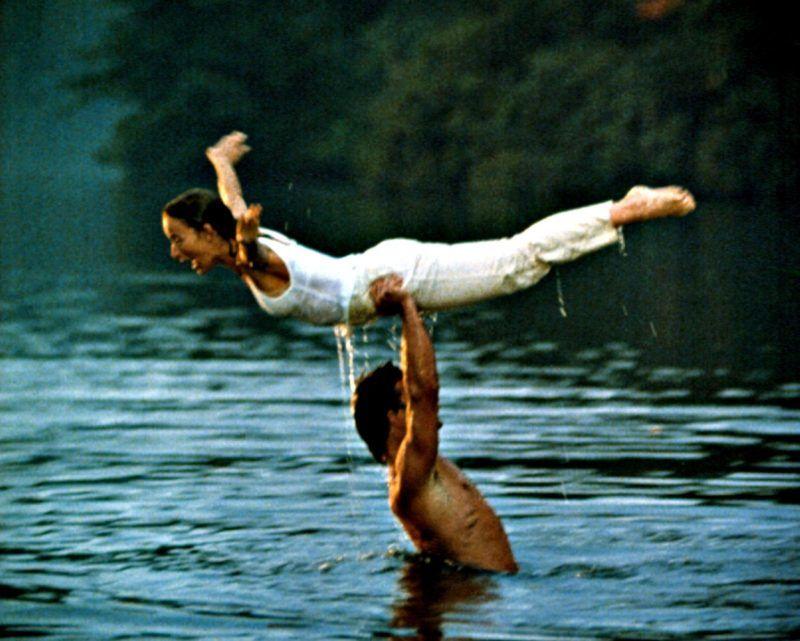 Patrick Swayze és Jennifer Grey a Dirty Dancing ikonikus jelenetében