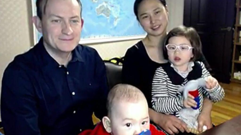 Robert Kelly és családja
