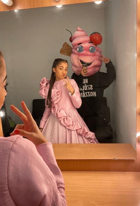 Schobert Lara az Álarcos énekes Fagyija