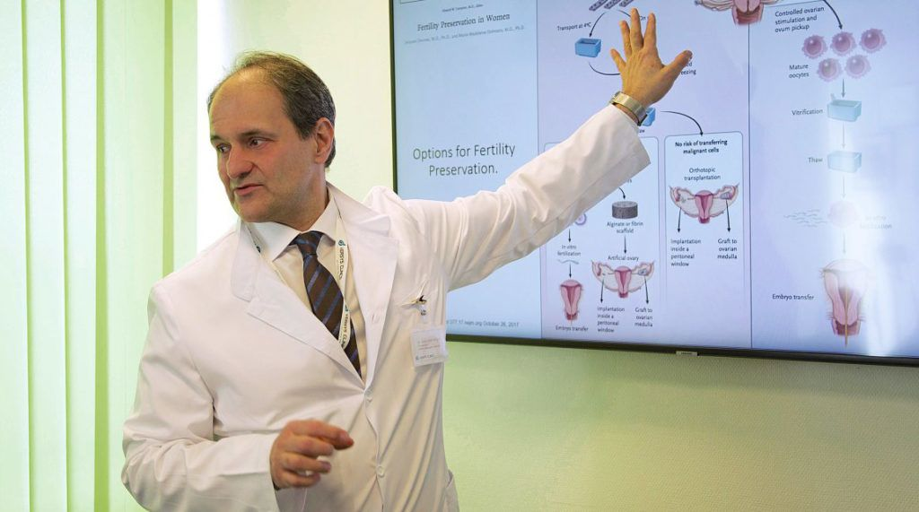 Dr. Vereczkey Attila meddőségi specialista, szülész-nőgyógyász főorvos, a Versys Clinics orvosigazgatója