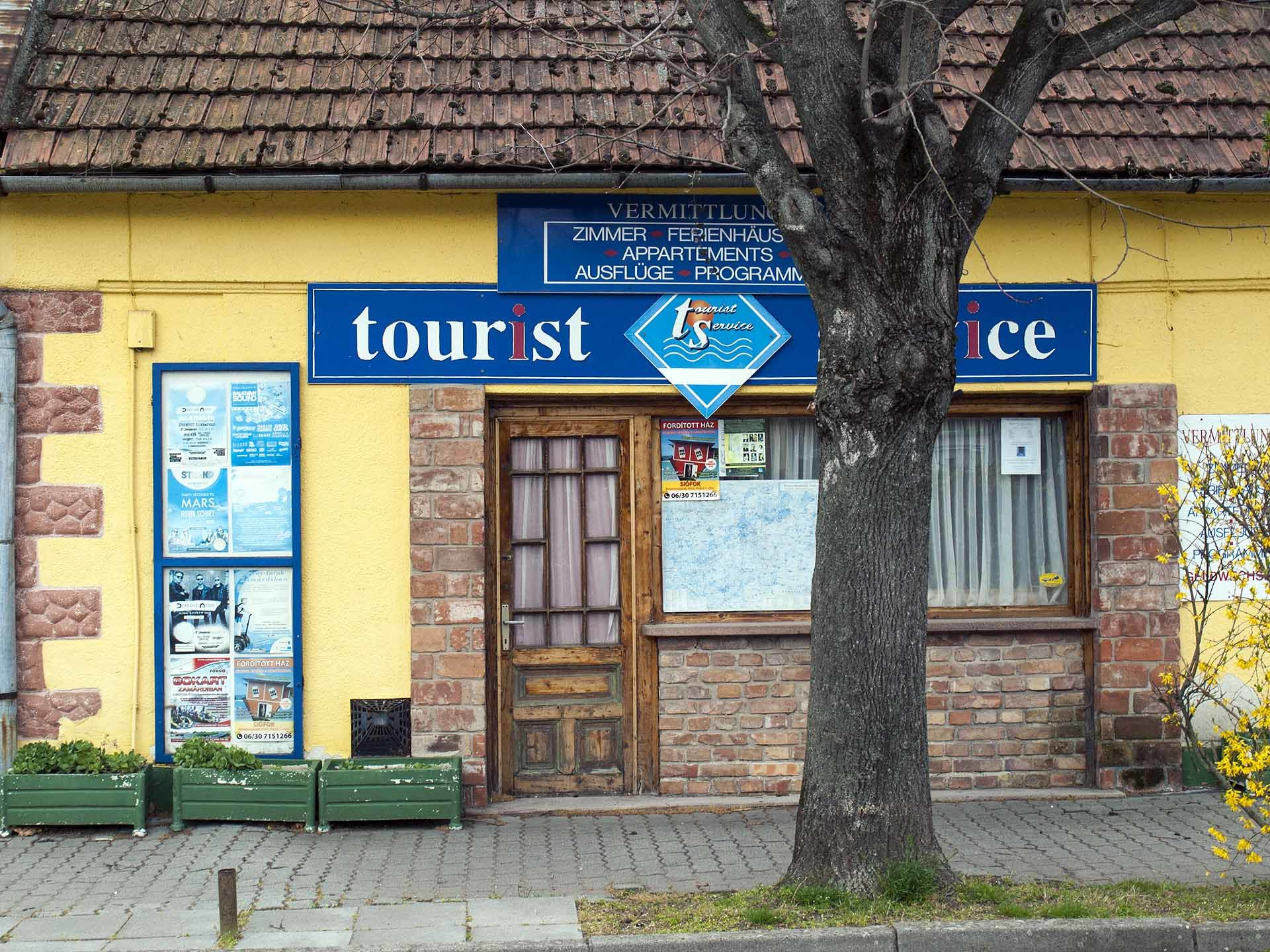 A Zamárdi tourinfom iroda / A szerző felvétele