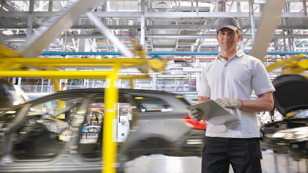 Átállnak az autógyárak