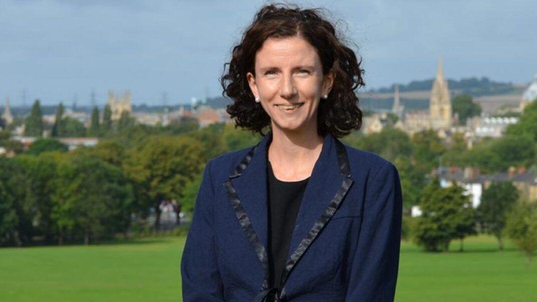 Annaliese Dodds a brit árnyékkormány tagja. És anya (fotó: www.anneliesedodds.org.uk)