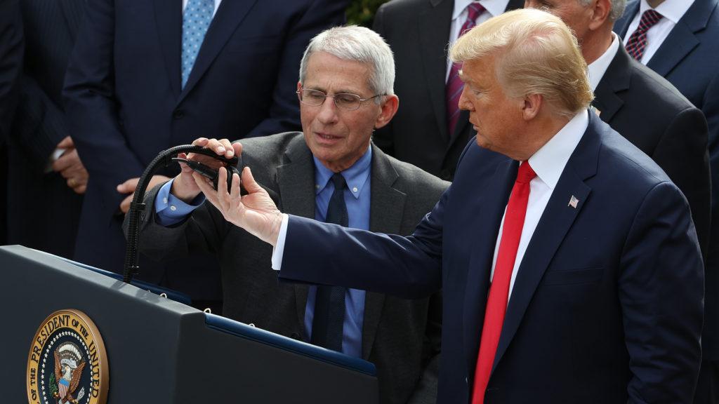Anthony Fauci és Donald Trump (Fotó: Chip Somodevilla/Getty Images)