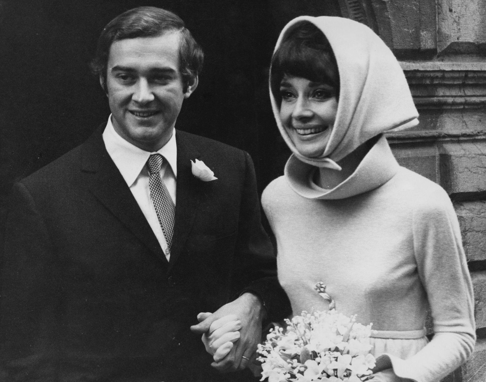 Audrey Hepburn és második férje, Andrea Dotti 1969-ben, esküvőjükön.