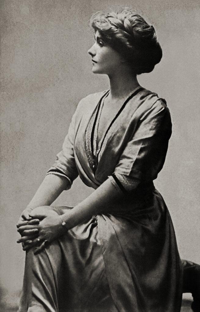 Coco Chanel 1909-ben, abban az évben, mikor megismerkedett Boy Capellel.