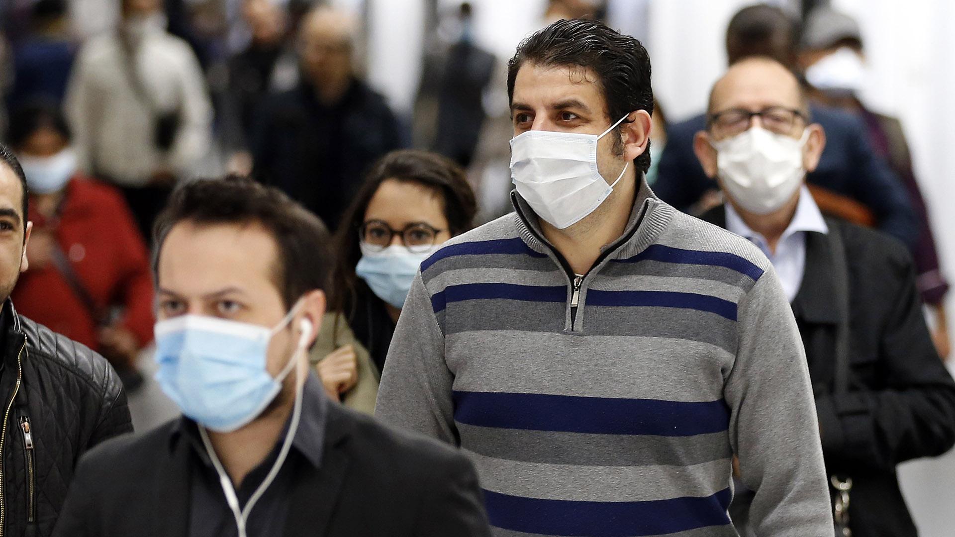járvány kutató tudós megelőzés világjárvány fertőzés társadalom gazdaság