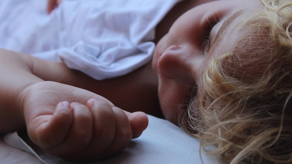 Már csecsemőkorban kiderül, kiből lehet szorongó